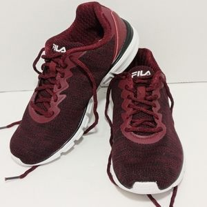 FILA UPSURGE RUNNING SHOE